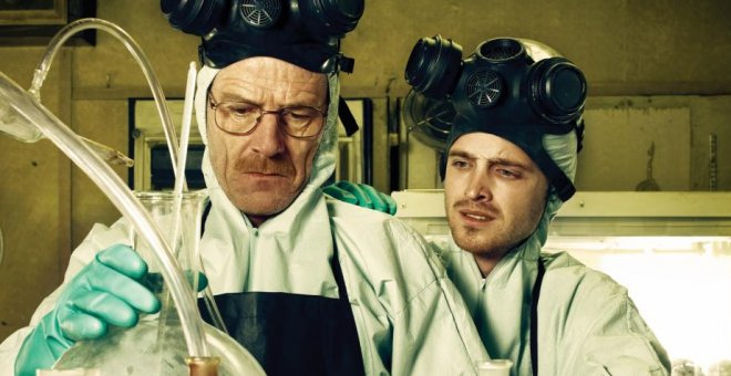 Bryan Cranston y Aaron Paul, protagonistas de 'Breaking Bad'. / AMC