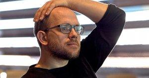 Evgeny Morozov, durante un momento de la entrevista. Román Lores | MNCARS