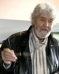 El portavoz de AGE, Xosé Manuel Beiras. EFE