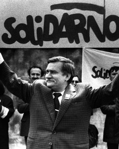Lech Walesa en una imagen de mayo de 1989. - REUTERS