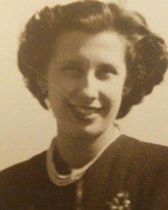 María Teresa Carbonell.