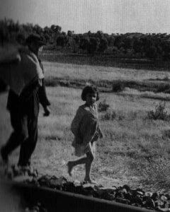 Refugiados huyendo del ejército nacional, imagen de Robert Capa