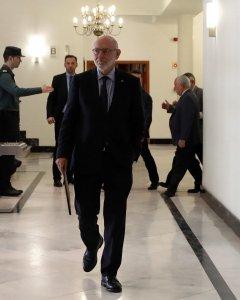 El fiscal general del Estado, José Manuel Maza, a su llegada a la rueda de prensa en la que ha anunciado que la Fiscalía se ha querellado contra el Govern y contra la Mesa del Parlament. EFE/ Ballesteros