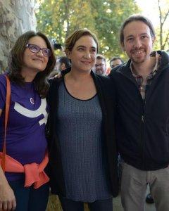 Mònica Oltra, Ada Colau y Pablo Iglesias en la Marcha.