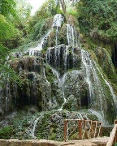 El descomunal acuífero que sufrirá los pinchazos para las prospecciones alimenta ríos como el Piedra, que durante siglos ha excavado un fenómeno geológico como el parque natural del Monasterio de Piedra. DPZ.es