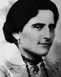 María Domínguez Ponce, una de las Rosas de Guzmán