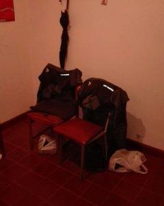 Vestuario de una de las casas de la Guardia Civil.