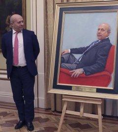 El exministro de Educación, Cultura y Deporte, José Ignacio Wert, durante la colocación de un retrato suyo en la sede ministerial. /EFE