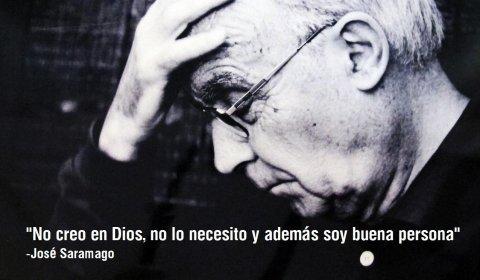 El escritor portugués José Saramago ganó el Premio Nobel de Literatura en 1998