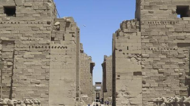 Descubren en Egipto la 'Ciudad Perdida' de Luxor de hace 3.000 años | Público