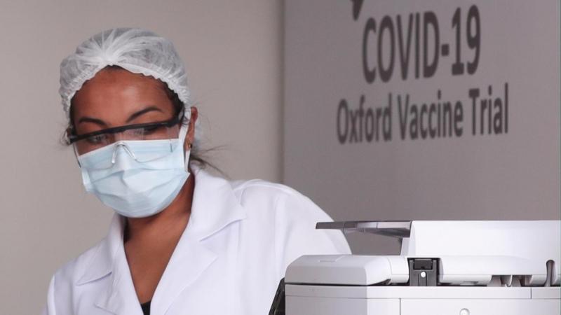 La vacuna de Oxford contra COVID-19: qué sabemos sobre su seguridad y eficacia