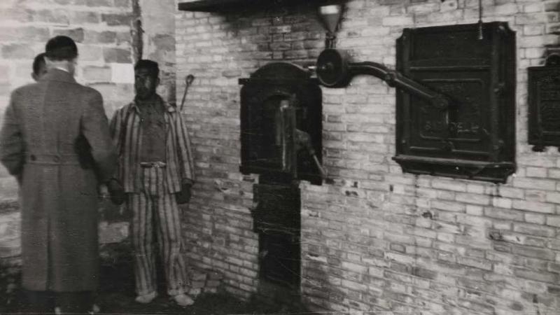 El horno de pan, en una imagen de 1938, cuando era un campo de trabajo de la República. / Luis Vidal