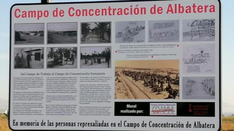 Panel informativo que se ha instalado a mediados de octubre en memoria de los represaliados. / Coordinadora de Asociaciones por la Memoria Histórica de la Provincia de Alicante.