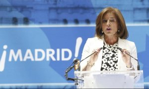 Ana Botella, en una imagen de archivo de mayo de 2015, en su penúltimo acto público como alcaldesa de Madrid, en la entrega de las Medallas de Oro de la capital. EFE