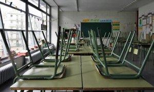 Una clase vacía en un instituto de Santader./ EFE