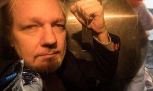 El fundador de WikiLeaks, Julian Assange, a su llegada este miércoles al juzgado en Londres. /AFP