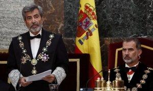 El presidente del Consejo General del Poder Judicial (CGPJ), Carlos Lesmes, junto al rey Felipe VI, en la apertura del año judicial. EFE/Mariscal