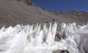 Foto archivo cerro Aconcagua, glaciares cordillera de los Andes.- EFE
