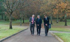 La visita del lehendakari a un colegio del Opus llega al Parlamento Vasco
