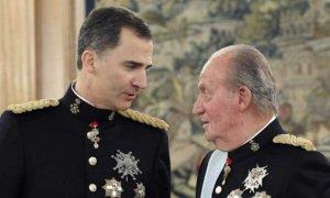 Felipe VI retira la asignación económica a su padre y renuncia a su herencia personal