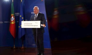 Lisbon (Portugal), 26/03/2020.- Portuguese prime minister Antonio Costa speaks during a press conference after attending the EU Council special teleconference summit to discuss the joint response to the ongoing coronavirus COVID-19 pandemic in Lisbon, Por