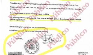 Firma y sello de Eugenio Pino como Director Adjunto Operativo de la Policía Nacional, en la carta invitando a los técnicos israelíes para las pruebas de campo del sistema de espionaje de móviles.
