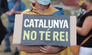 "Cartel ""Catalunya no te rei"" / Twitter Omnium Cultural"