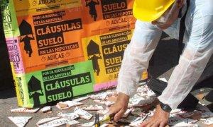La banca española lleva pagados alrededor de 3.000 millones de euros por el fraude de las cláusulas suelo. / EFE