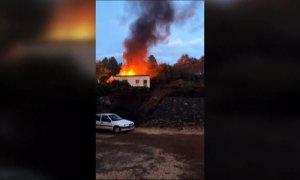 El incendio en La Palma obliga a evacuar a más de 300 personas
