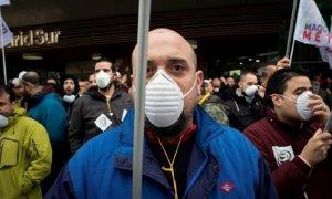 Los trabajadores de Metro de Madrid protestan por la exposición al amianto en trenes y estaciones.