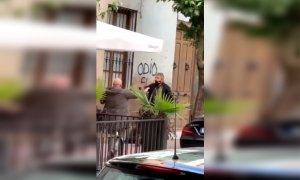 La diferencia entre Altsasu y Linares es que esta vez han tenido la suerte de que todo se grabara: las redes, indignadas por la agresión policial en Jaén