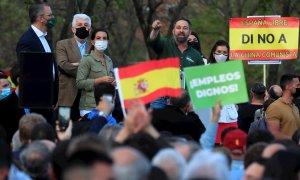 Ni distancia social, ni permiso para un mitin: Vox se saltó las leyes en Vallecas