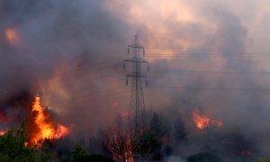 Incendio en Varybobi, Grecia.