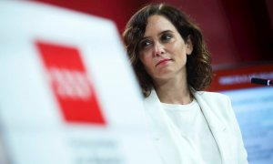 La presidenta de la Comunidad de Madrid, Isabel Díaz Ayuso, durante la rueda de prensa ofrecida al término de la reunión del Consejo de Gobierno  en la Real Casa de Correos. EFE/David Fernández
