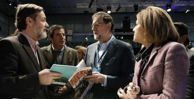 Rajoy guarda su secreto hasta el final y no anunciará si Cospedal sigue hasta esta tarde