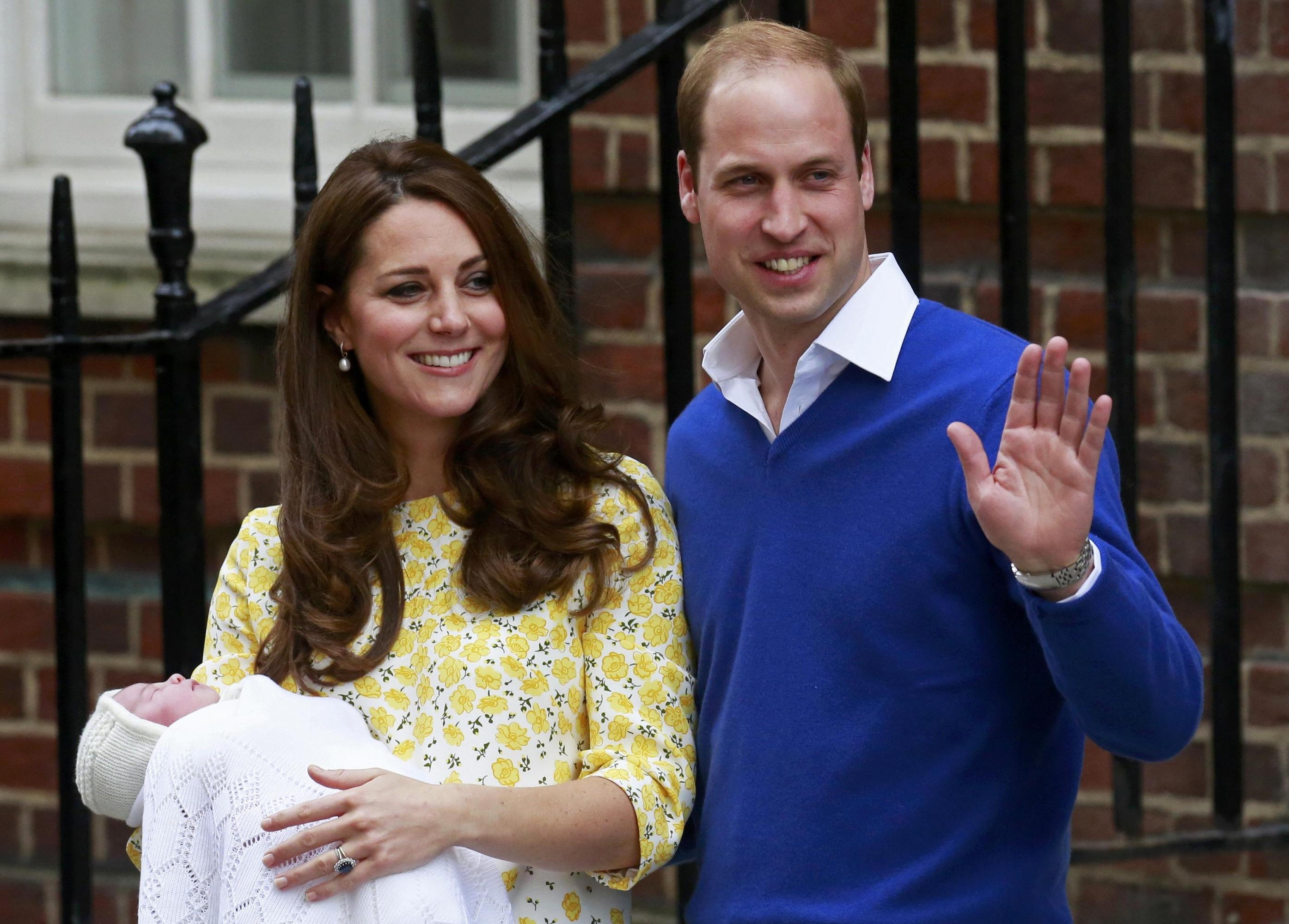 Kate Middleton Esposa Del Príncipe Guillermo Da A Luz A Una Niña Público