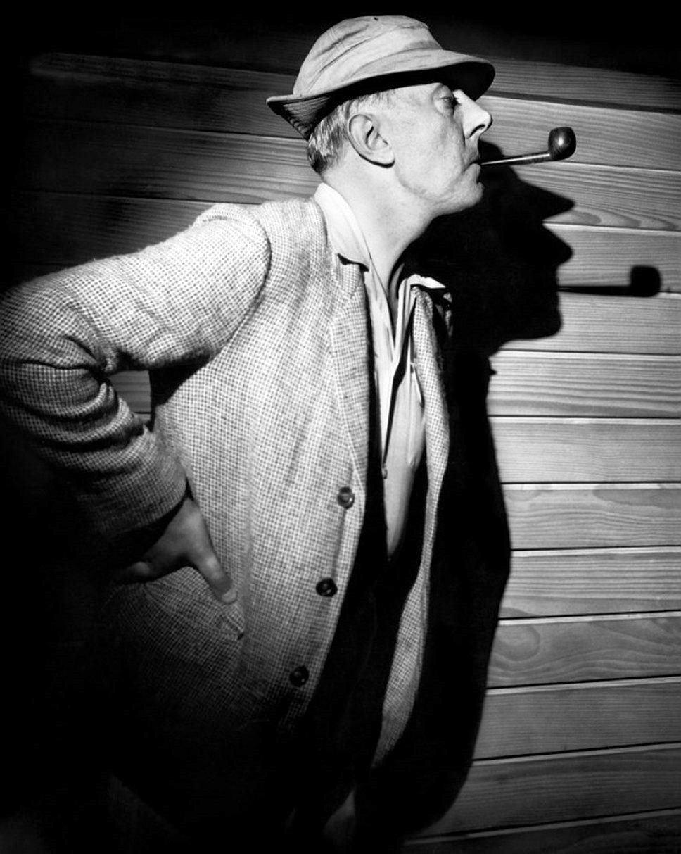 charlie chaplin jaques tati reactions to In jacques tati's 1958 film mon oncle, hulot is the viewer's entry point  been  aligned with silent masters such as charlie chaplin, buster keaton,  with his  polite, understanding, and very human interactions with people.