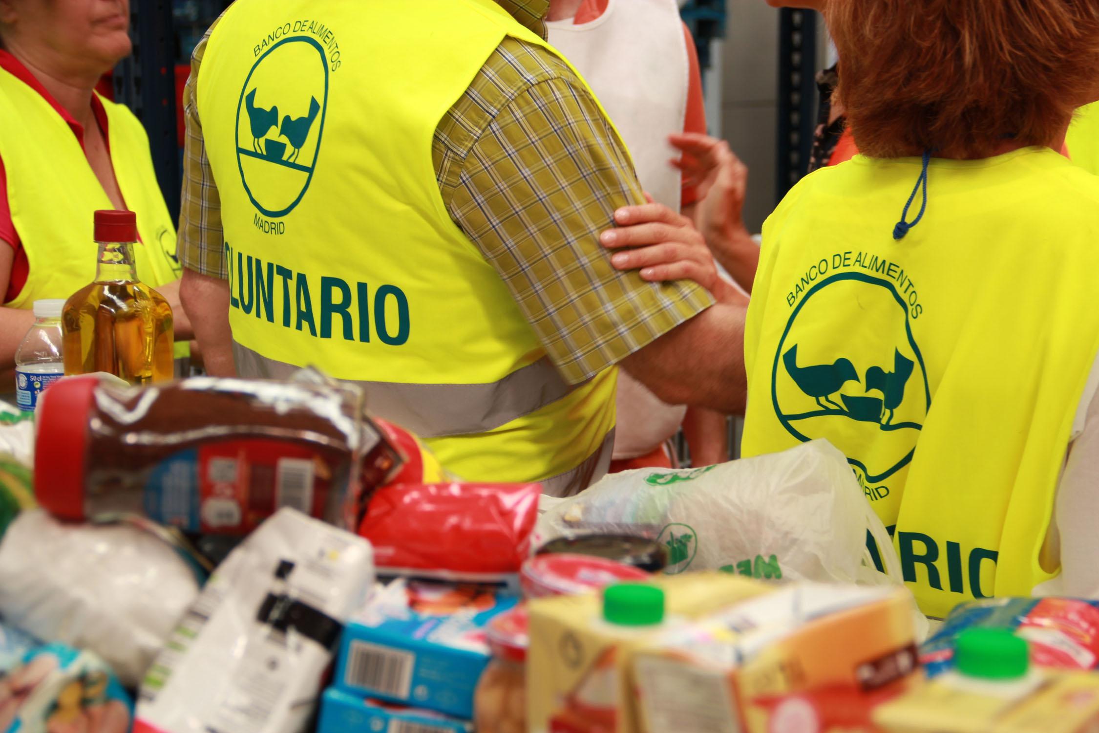 el banco de alimentos necesita 110.000 voluntarios para su próxima