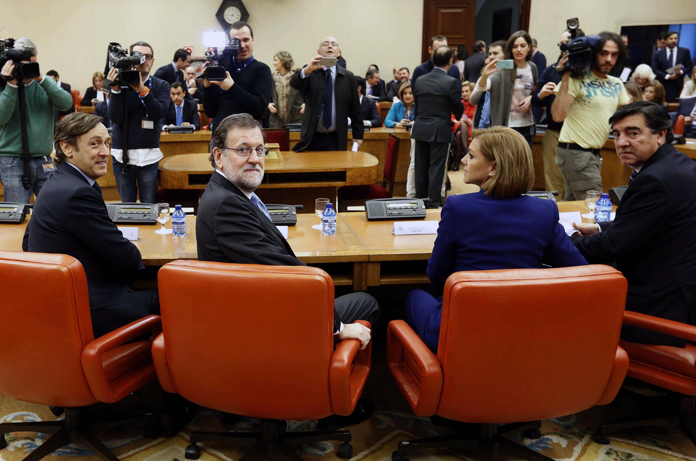 Rajoy pide un acuerdo de gobierno con psoe y c 39 s para los for Acuerdo de gobierno psoe ciudadanos