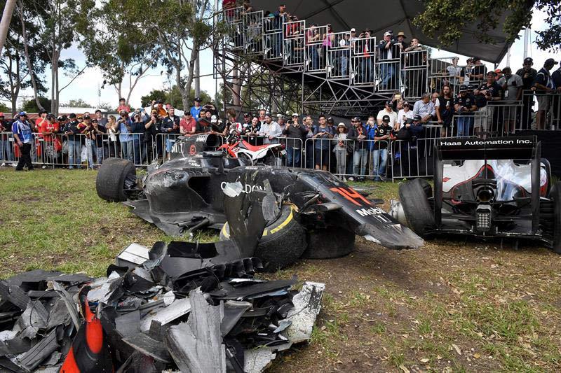 Circuito Fernando Alonso Accidente : Video así fue el aparatoso accidente de fernando alonso en