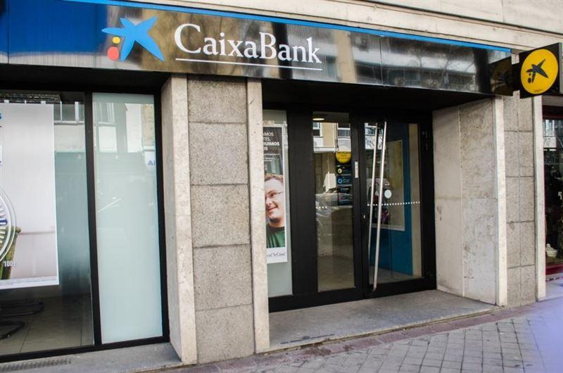 Caixabank y sindicatos acuerdan un plan para casi 500 for Caixabank oficinas