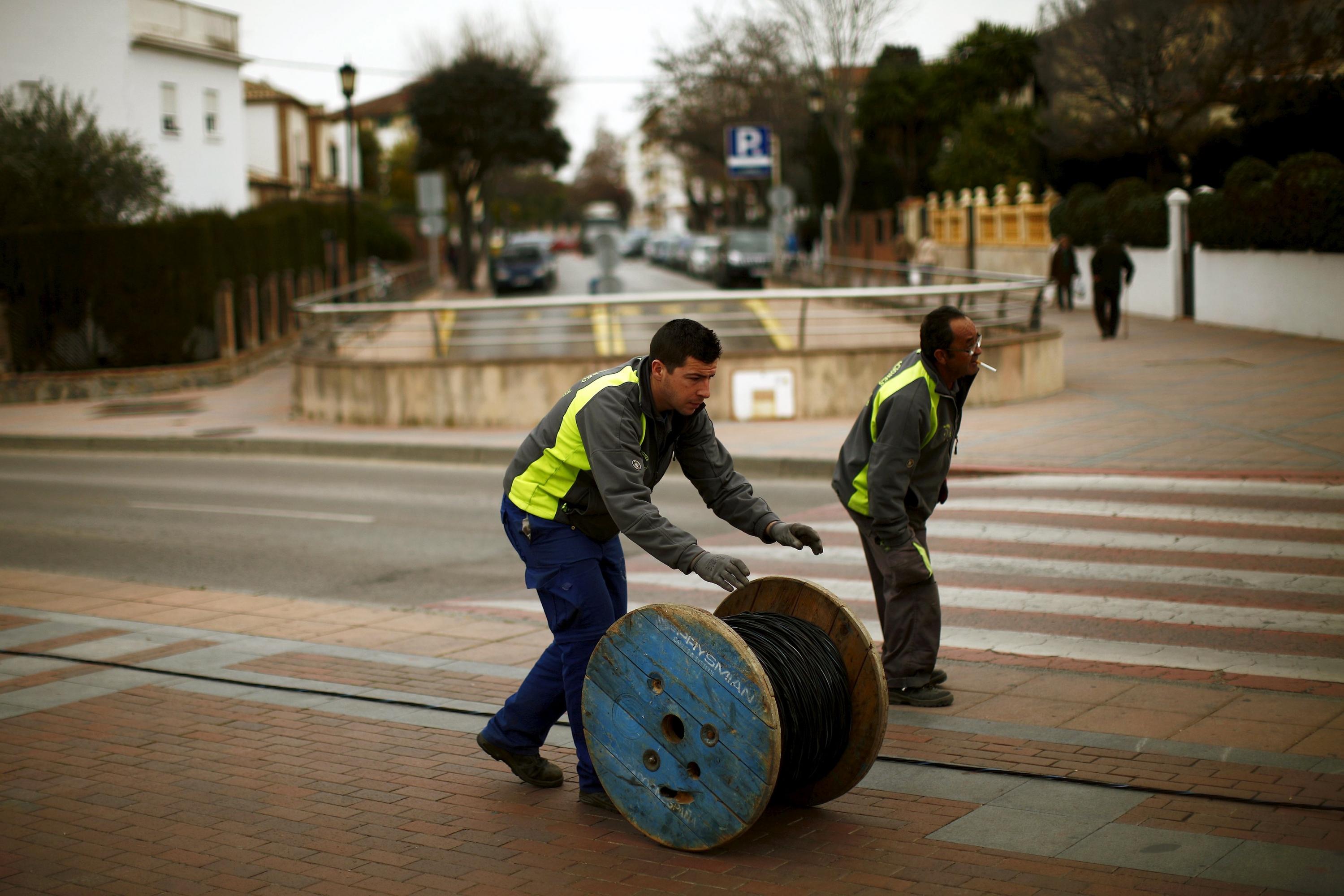 La Justicia europea obliga a España a equiparar la indemnización de ...