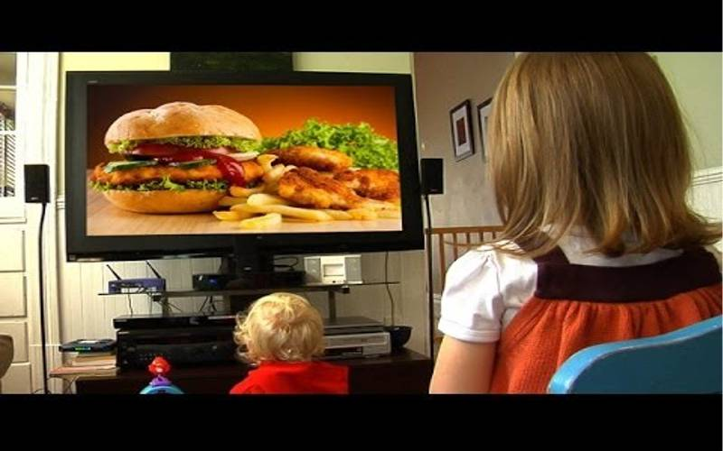 fast food affecting young kids Fast-food chains disproportionately target black children  evidence that child-centric food marketing affects some kids more than others contrary to a popular misconception, the researchers.