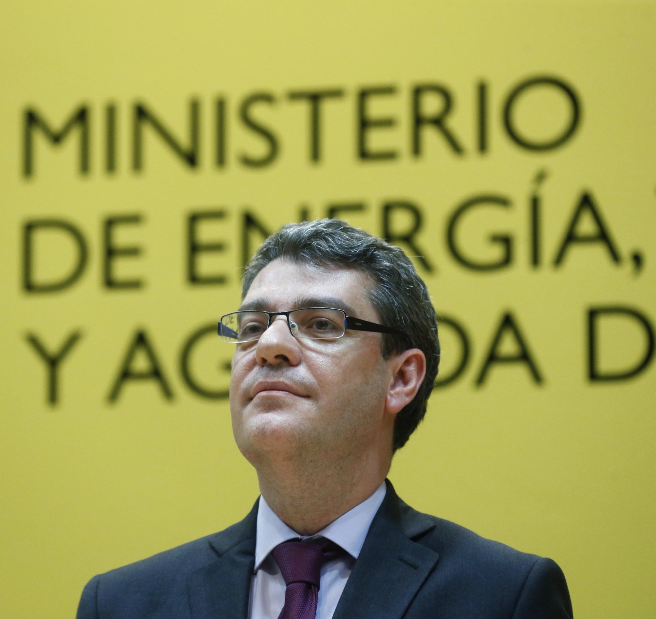El nuevo ministro Álvaro Nadal presume de un doctorado en Harvard ...
