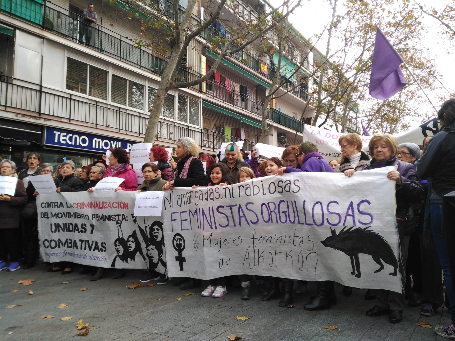 Cabecera de la manifestación contra el alcalde de Alcorcón, David Pérez. EUROPA PRESS