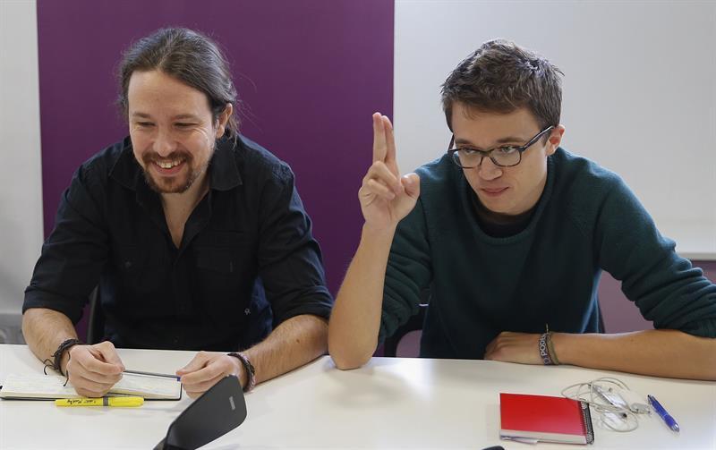 Pablo Iglesias e Íñigo Errejón, durante el Consejo Ciudadano de Podemos. / PACO CAMPOS (EFE)