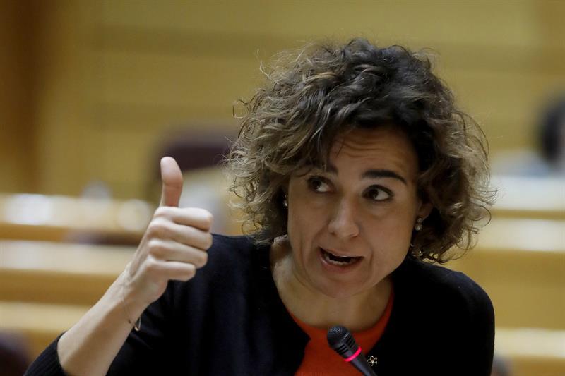 La ministra de Sanidad, Servicios Sociales e Igualdad, Dolors Montserrat. en el Senado. /EFE