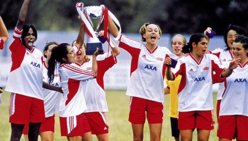 El fútbol también ama a las mujeres