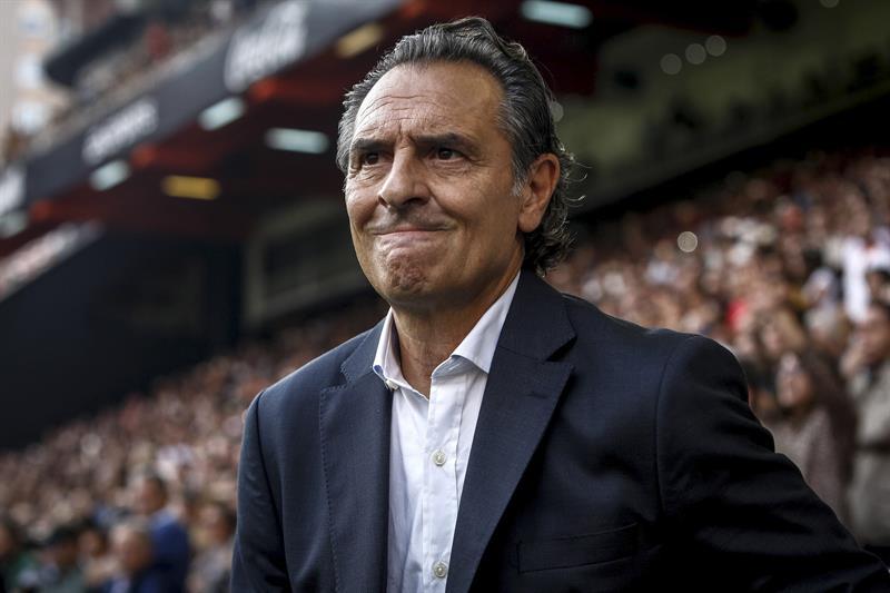 Prandelli abandona el Valencia