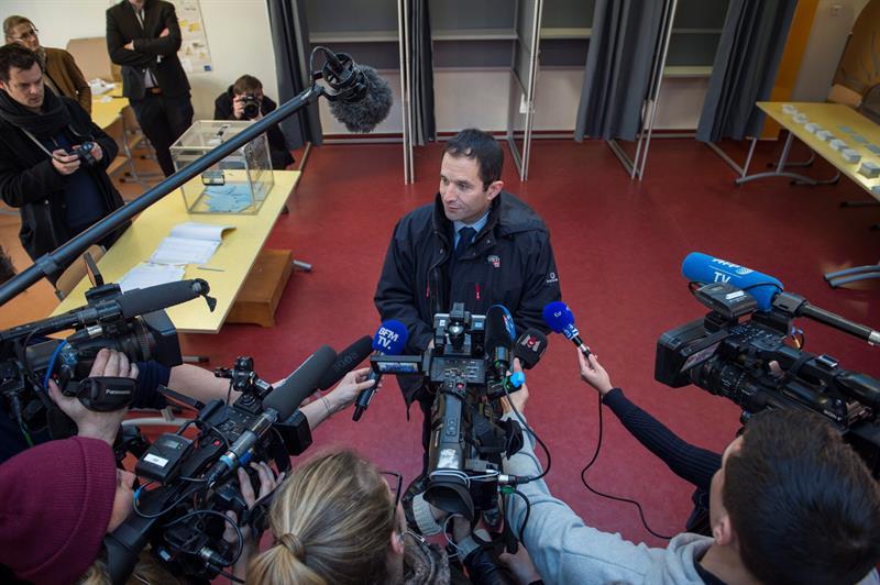 El exministro de Educación, Benoit Hamon. - EFE